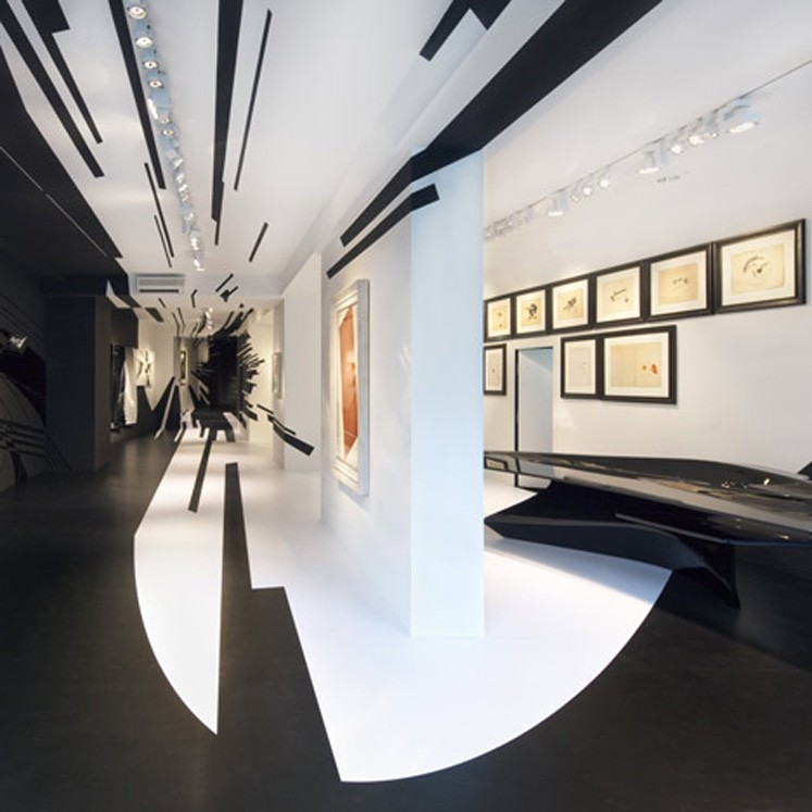 """Zaha Hadid  -  Ausstellung """"Suprematism"""" in der Galerie Gmurzynska, Schweiz"""
