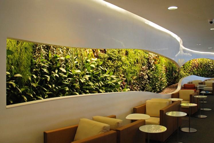 Die Sky Team Lounge des Flughafen Heathrow in London