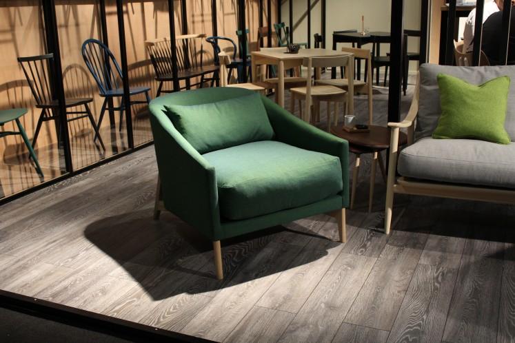 ... als einzelnes Möbelstück in grün...