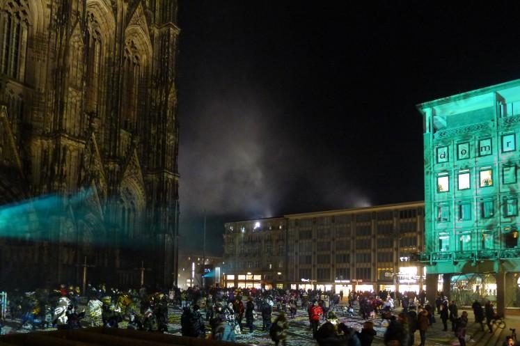 Publikumsmagnet auch außerhalb der Messehallen: die Lichtinstallation des Künstlers Philipp Geist im Herzen der Altstadt.